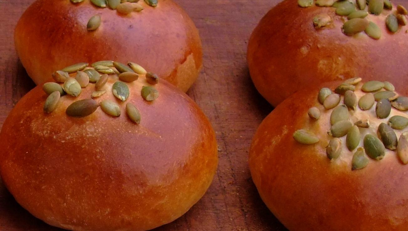 かぼちゃクリームパン!_a0161408_16121190.jpg