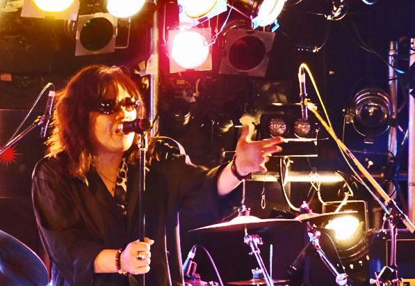 ■盛大に!MTM 『MOSAIQEⅡ』 リリース記念ライブ!_b0183113_15162986.jpg