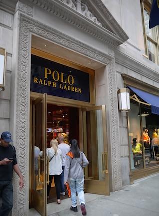 ポロ ラルフ・ローレン旗艦店が五番街にオープン!_c0050387_14493716.jpg