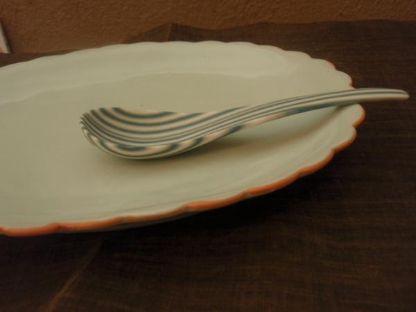 長田佳子さんの練り込み お皿とスプーン入荷しました_b0132442_15284999.jpg