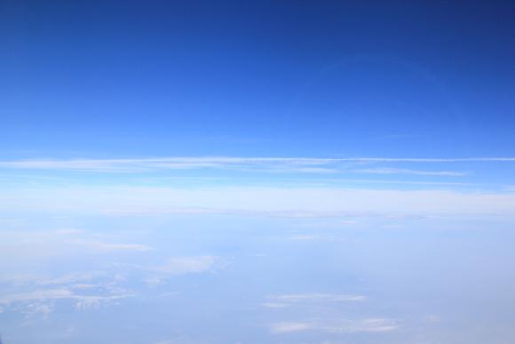 空の旅 まもなく着陸!_d0202264_8165063.jpg