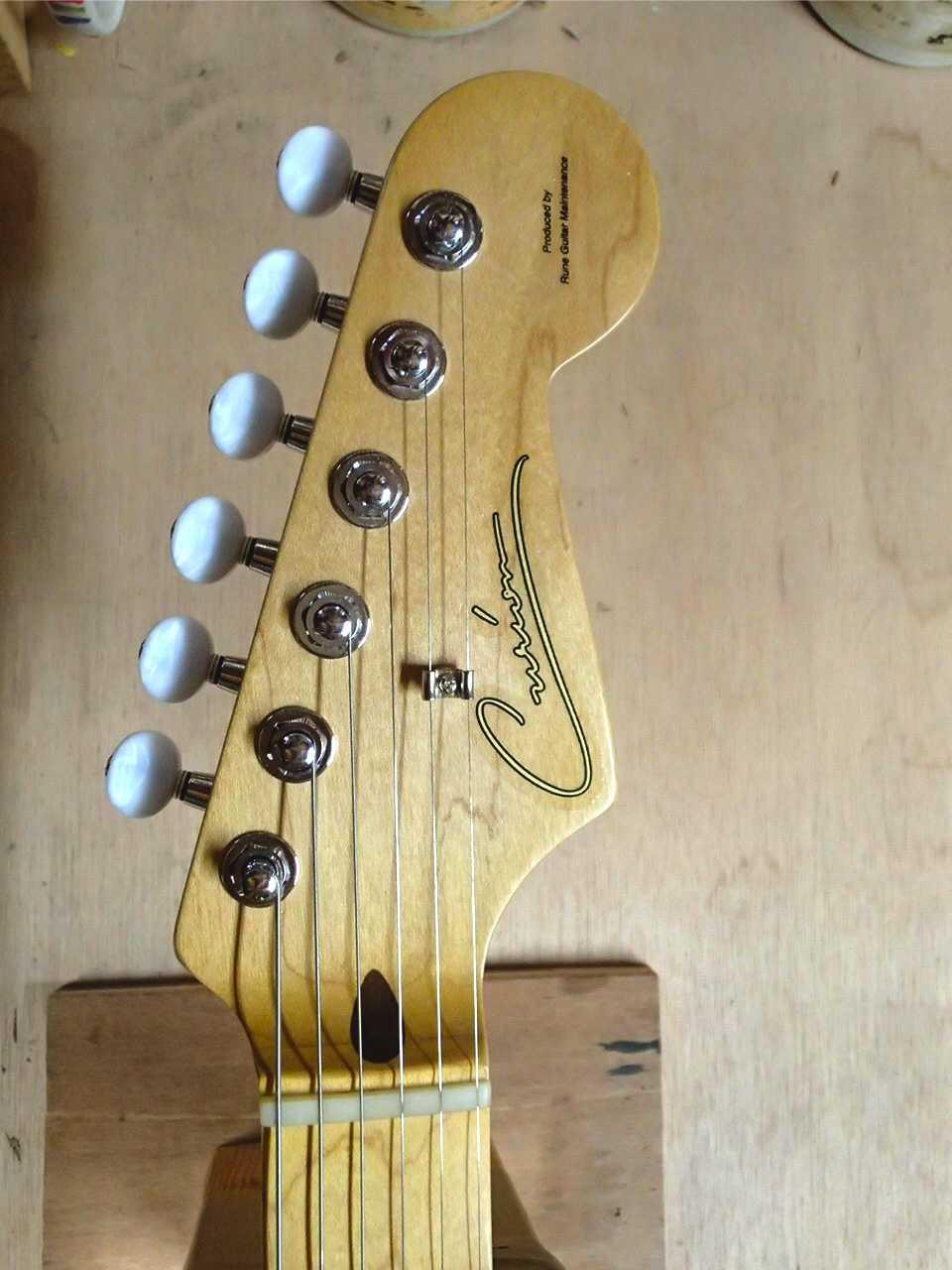 友人のオーダーギター 第2弾!_c0179274_22325932.jpg