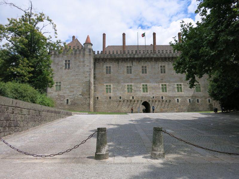ポルトガル25ギマランイス歴史地区_e0233674_2144890.jpg