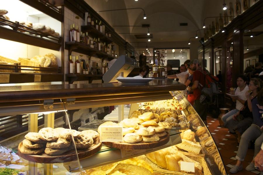 フィレンツェで是非食べて頂きたい!ヴェラッツァーノの石窯フォカッチャ_f0106597_19584118.jpg