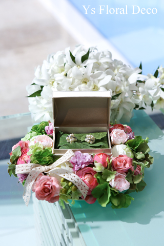 ハワイのおふたりに 花冠&リストレットとお揃いのリングピロー_b0113510_20343535.jpg