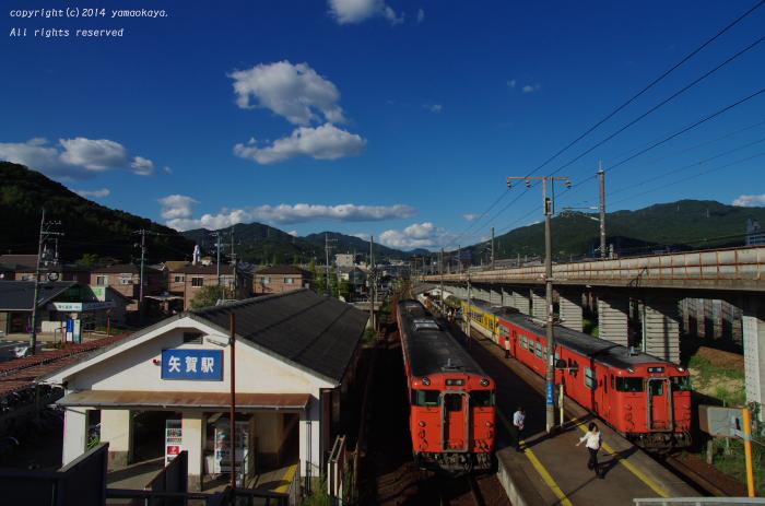 秋晴れの交換駅_d0309612_20352682.jpg