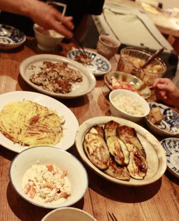 昨日の夕食 と豪華なお家_f0208315_9333631.jpg