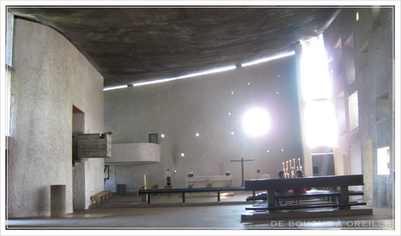 La chapelle Notre-Dame du Haut ロンシャン礼拝堂_d0184921_17313482.jpg