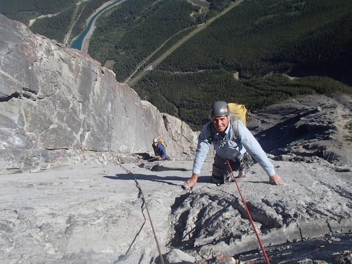 カナダ山岳ガイド協会公認ロックガイド試験_d0112928_1053463.jpg