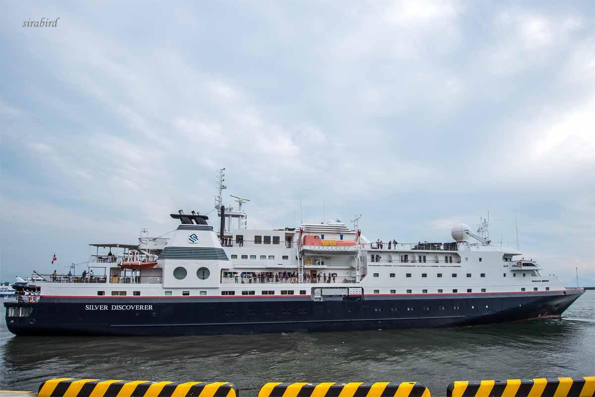 外国クルーズ客船が来たぞー(熊本市)_d0238245_14282962.jpg