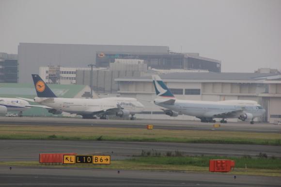 羽田空港着陸_d0202264_845369.jpg
