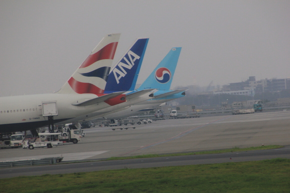 羽田空港着陸_d0202264_853273.jpg