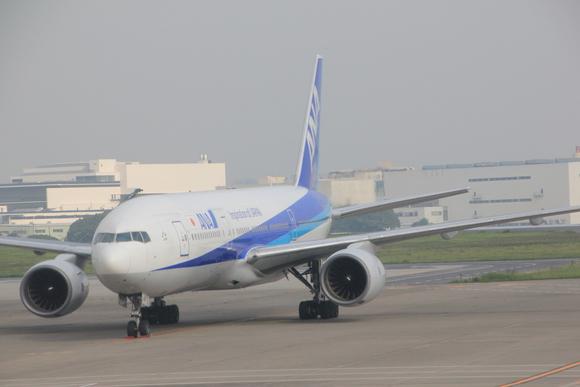 羽田空港着陸_d0202264_861821.jpg