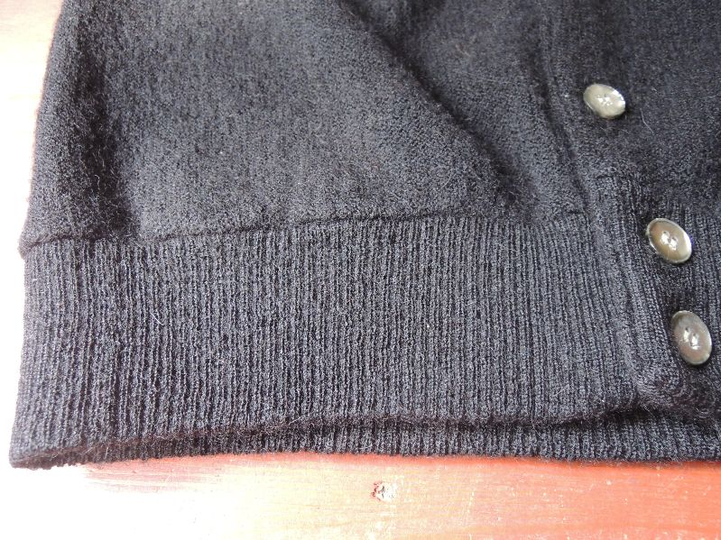 BLACK CLOTHES-60S CARDIGAN/PATAGONIA---RECOMMEND--_c0176867_14443414.jpg