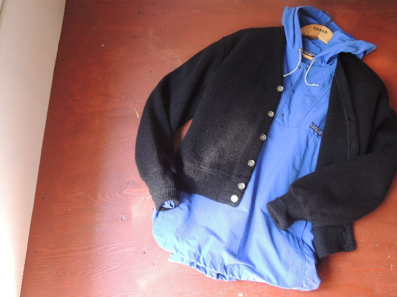 BLACK CLOTHES-60S CARDIGAN/PATAGONIA---RECOMMEND--_c0176867_14454980.jpg
