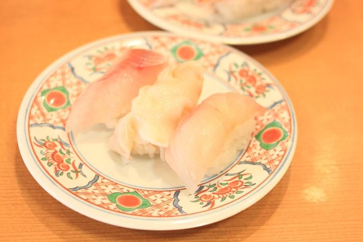 新潟の回転寿司「名在門 紫竹山本店」に行ってきました♪_a0154192_1223058.jpg