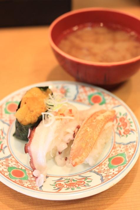 新潟の回転寿司「名在門 紫竹山本店」に行ってきました♪_a0154192_12231857.jpg