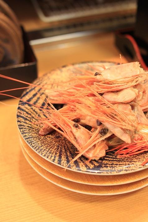 新潟の回転寿司「名在門 紫竹山本店」に行ってきました♪_a0154192_1224116.jpg