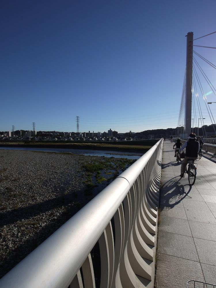 河川敷と橋_e0216133_12503511.jpg