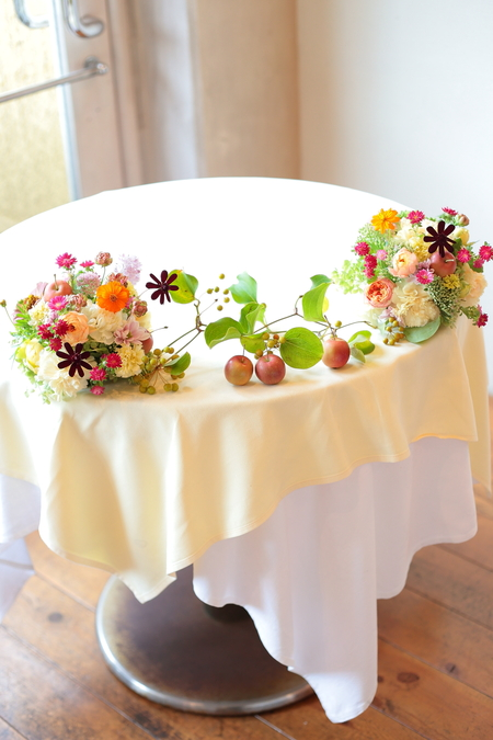 秋の装花 草花で、明るく楽しい結婚式の花に 幕張オレアジ様へ_a0042928_2143267.jpg