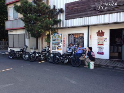 昨日のバイク‼_f0194657_15335625.jpg
