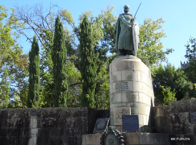 ポルトガル旅行記 11 ポルトガル発祥の地 ギマランイス_a0092659_0125285.jpg