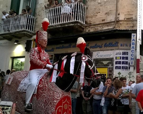 オストゥーニのお祭り_e0224461_553519.jpg