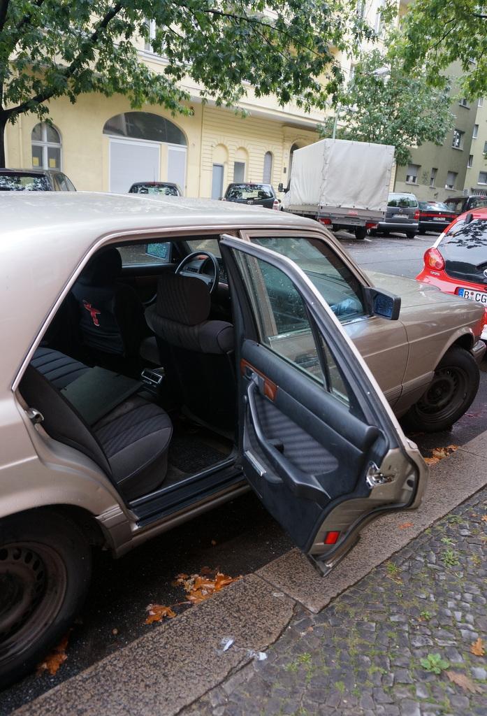 MercedesBenz W126_c0180686_06040536.jpg