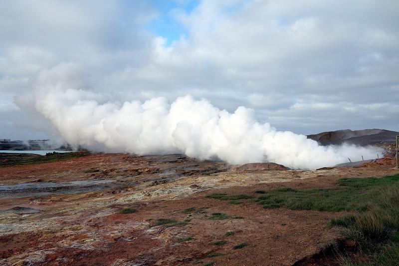 絶景の連続、アイスランドの自然_d0116009_45519.jpg
