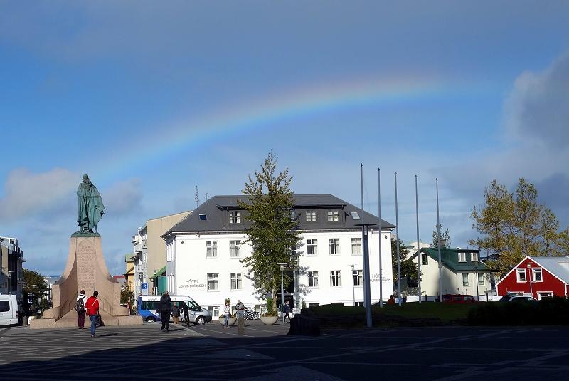 絶景の連続、アイスランドの自然_d0116009_5413119.jpg