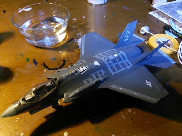 F-35完成_d0202264_06013472.jpg