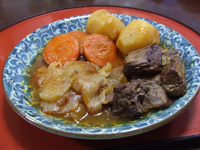 牛肉と野菜のワイン煮_f0019498_17364618.jpg