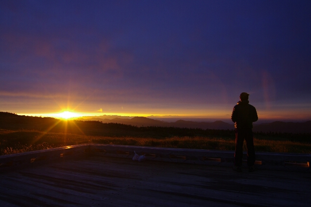 9/14-15 苗場山に登る その2 奇跡の朝焼け_a0060230_8185573.jpg