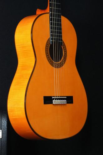 白フラメンコギターの弦長・・・650ミリ&660ミリどちらを選ぶ?_c0330563_16191595.jpg