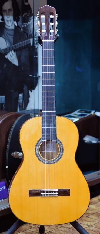フェリッペコンデ限定販売ギターの入荷案内_c0330563_16202889.jpg