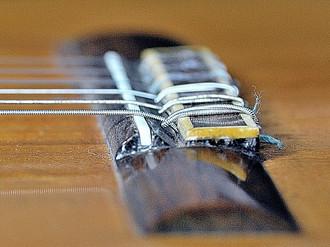 再びコンデフラメンコギター弦高について_c0330563_1621253.jpg