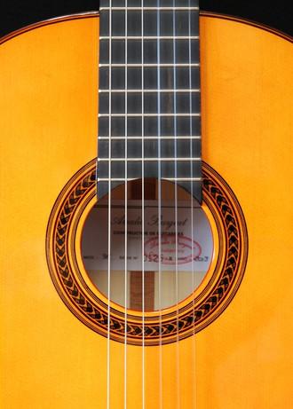 アマリアブルゲフラメンコギター3F税込み価格¥157,500_c0330563_16212873.jpg