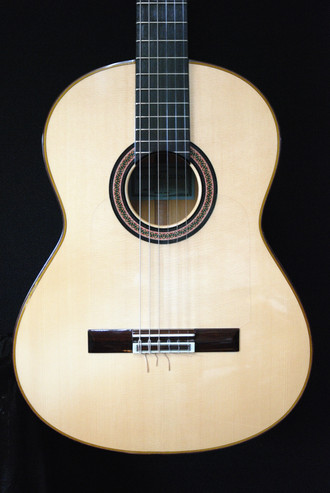 松岡良治中古のフラメンコギターの入荷です_c0330563_16214349.jpg