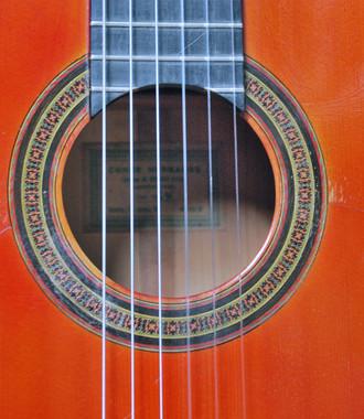 1954年コンデエルマーノスフラメンコギターの音質調整_c0330563_16241396.jpg