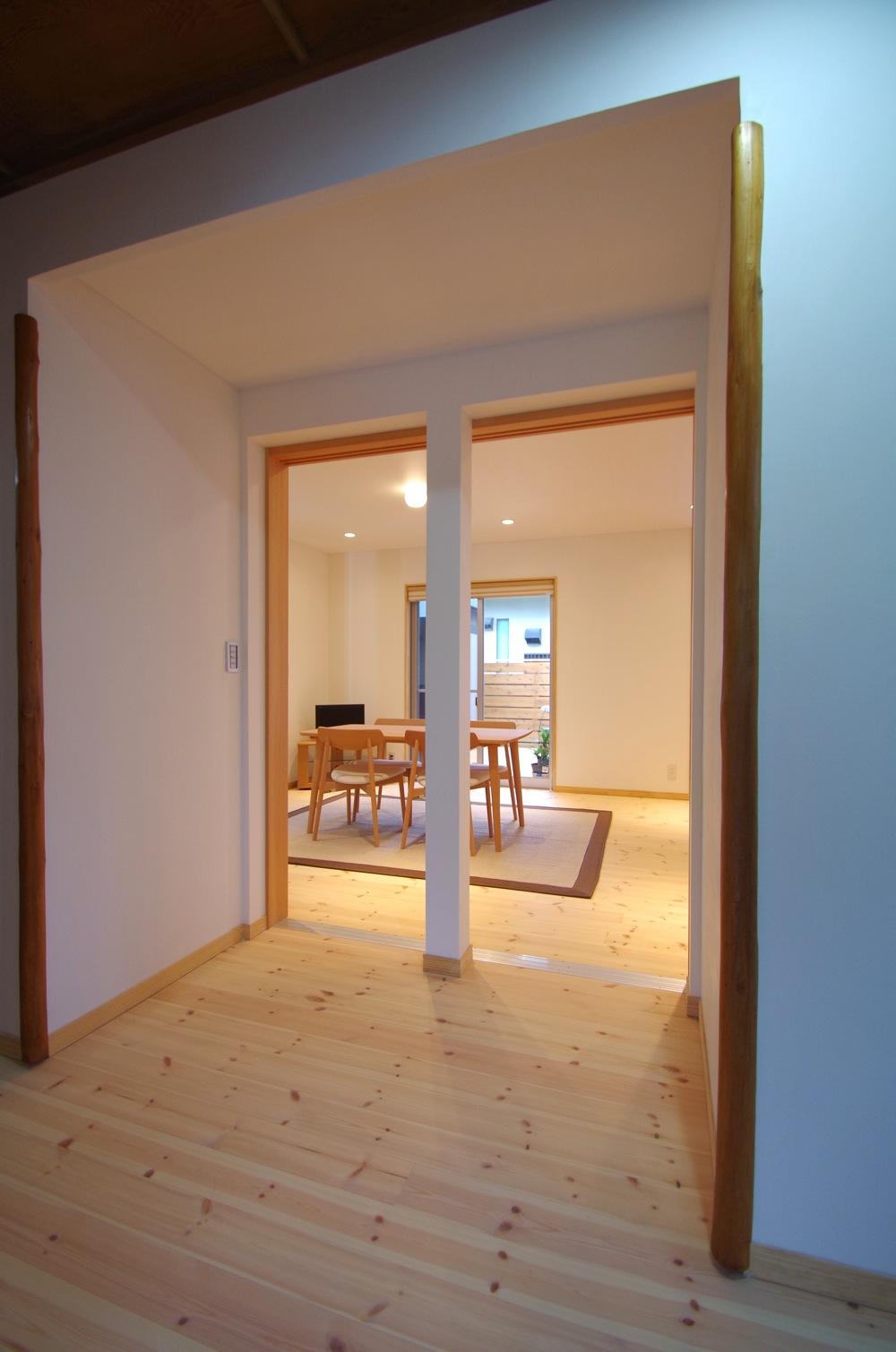 廊下から/陽廻りの家_c0004024_984138.jpg
