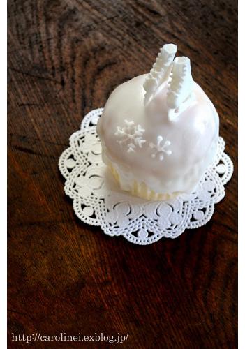 「お茶の時間にしましょうか-キャロ&ローラのちいさなまいにちー」のCarolineIngallsさん登場!_c0039735_14374294.jpg