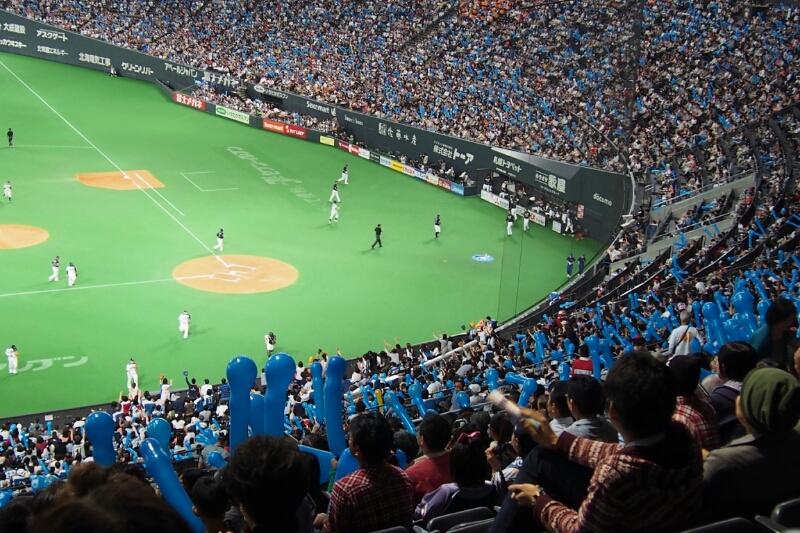 札幌ドームにて稲葉選手を見納め_b0106766_23313352.jpg