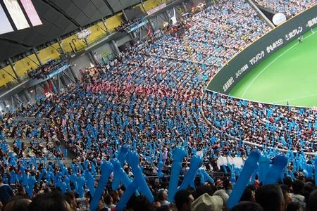 札幌ドームにて稲葉選手を見納め_b0106766_23315430.jpg