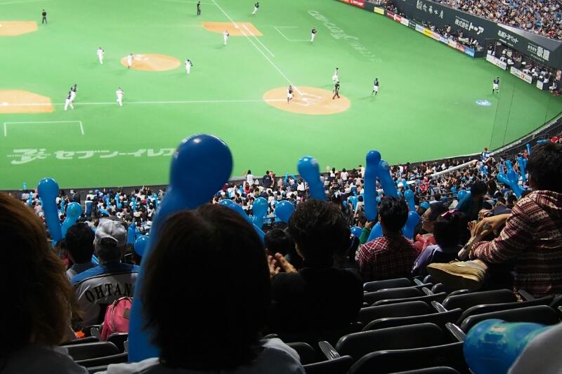 札幌ドームにて稲葉選手を見納め_b0106766_23321930.jpg