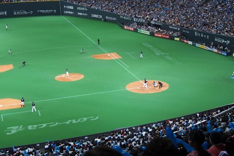 札幌ドームにて稲葉選手を見納め_b0106766_23331982.jpg