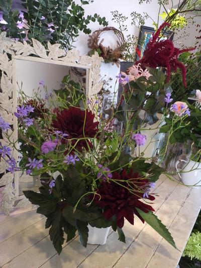 オークリーフ花の教室(赤地さんと宮原さんの作品)_f0049672_17375654.jpg