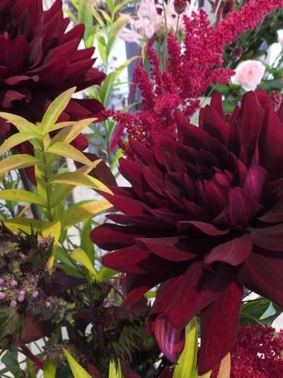 オークリーフ花の教室(赤地さんと宮原さんの作品)_f0049672_1752831.jpg