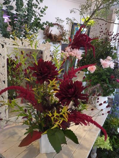 オークリーフ花の教室(赤地さんと宮原さんの作品)_f0049672_1753616.jpg