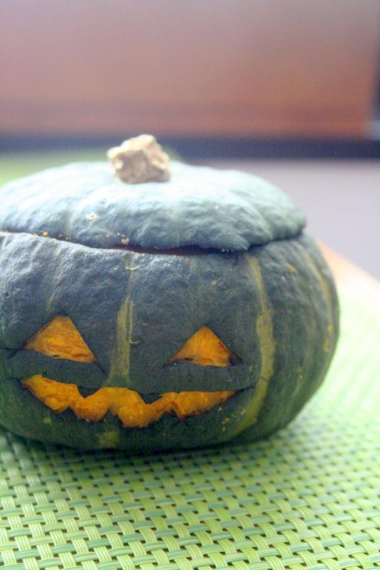 ハロウィンデコ・・・そのままかぼちゃのハンバーグ_f0141419_08130887.jpg