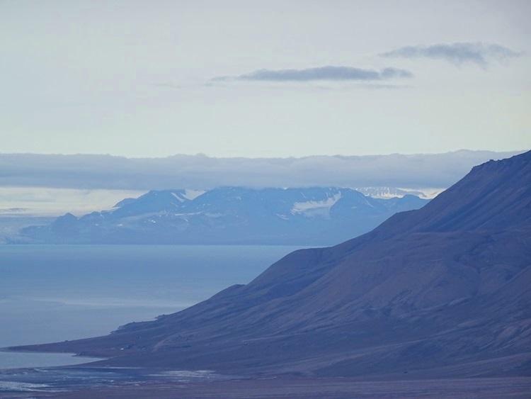 Svalbard(スヴァールバル諸島)ハイキング_e0182138_1915379.jpg